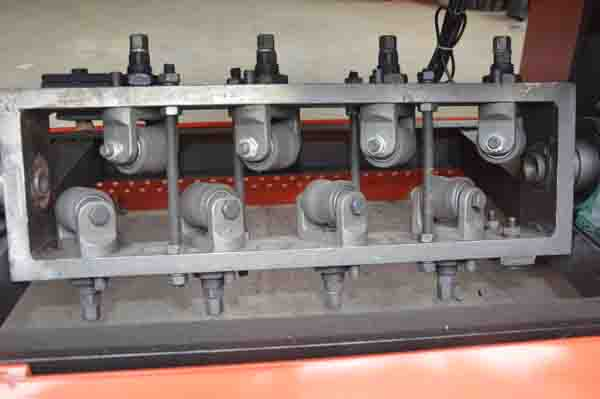 straightening unit of GT4-12A bar straightening and cutting machine
