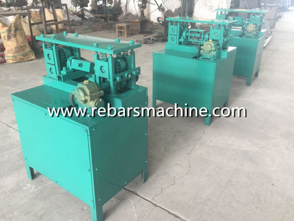 machine for straightening wire